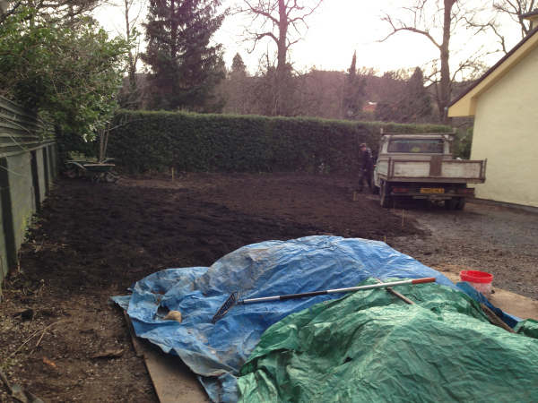 Garden driveway and lawn area beginning to take shape